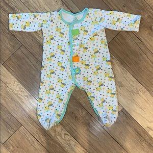 💖3/$30💖 Giraffe Taggies Pajamas